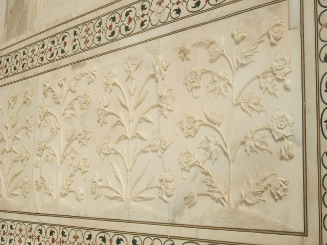 Taj Mahal - carving and inlay detail